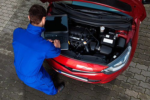 Bilreparationer – Bilservice - Service– Felsökning